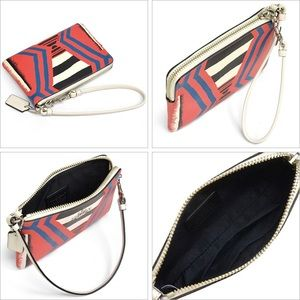 NWT Coach fire dance wristlet!! PRICE FIRM